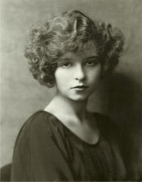 Caption: Nikholas Murray's 1921 photo of the sixteen year-old Clara Bow.
